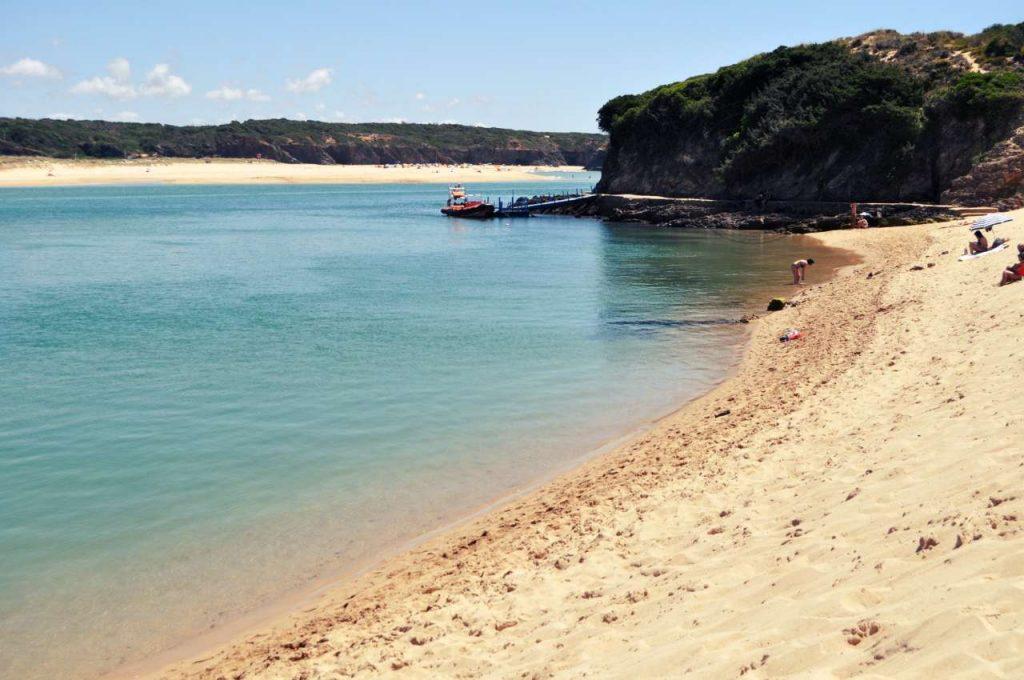 Portugalia Plaże Costa Alentejana - Praia da Franquia - rzeka