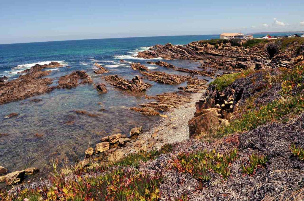 Plaże Costa Alentejana - Praia da Poca do Buraco - kamienie