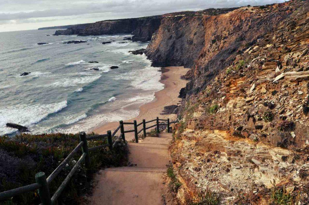 Plaże Costa Alentejana - Praia de Nossa Senhora - schody