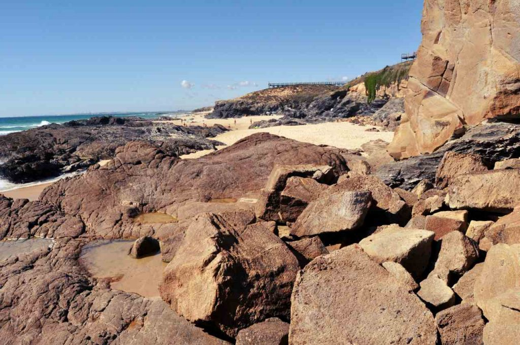 Plaże Costa Alentejana - Praia do Malhao - skały