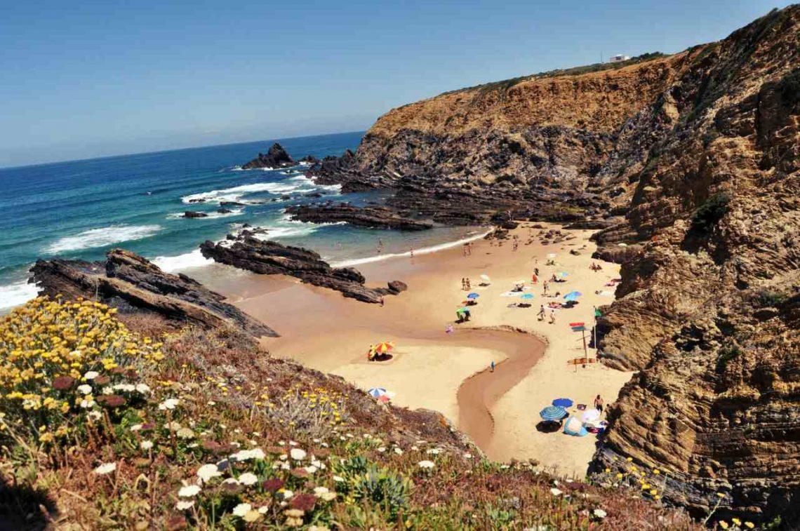 Portugalia Plaże Costa Alentejana - przewodnik - Praia dos Alteirinhos