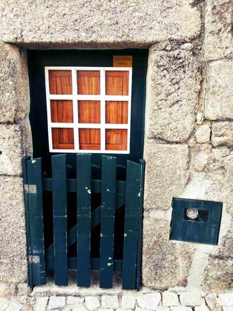 Sortelha - drzwi