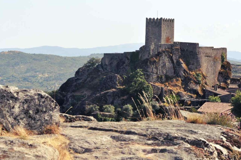 Sortelha - panorama na zamek