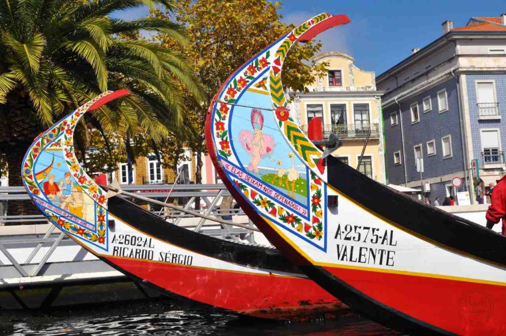 Aveiro - moliceiro - kolorowe łodzie