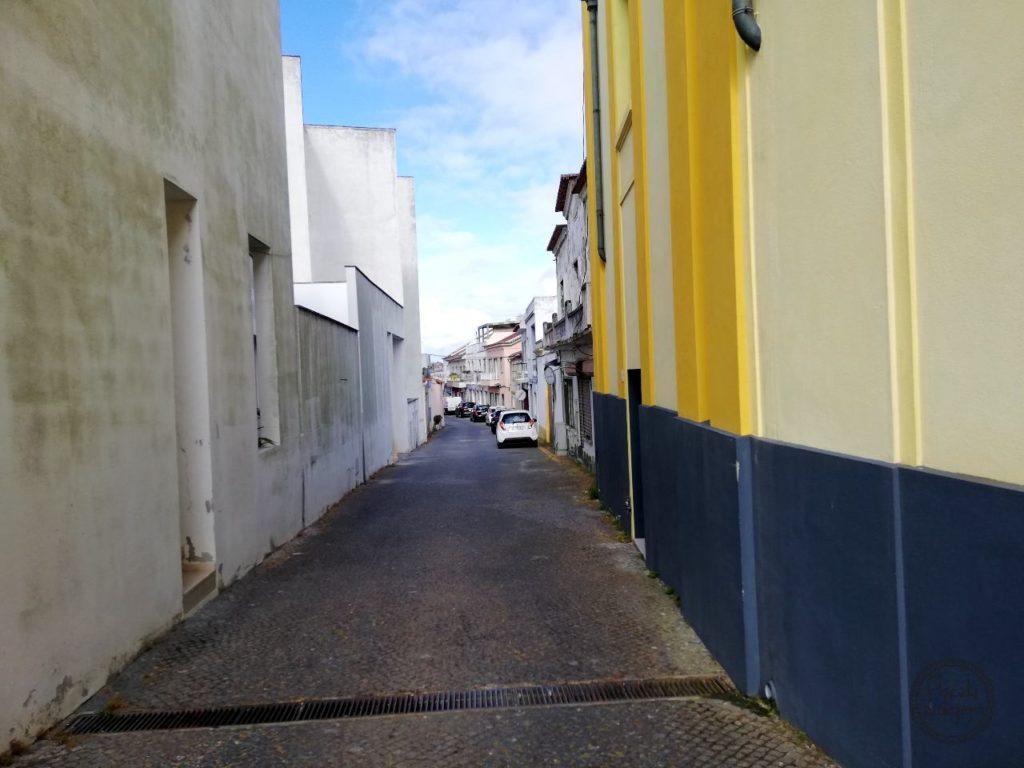 Grândola - boczna uliczka
