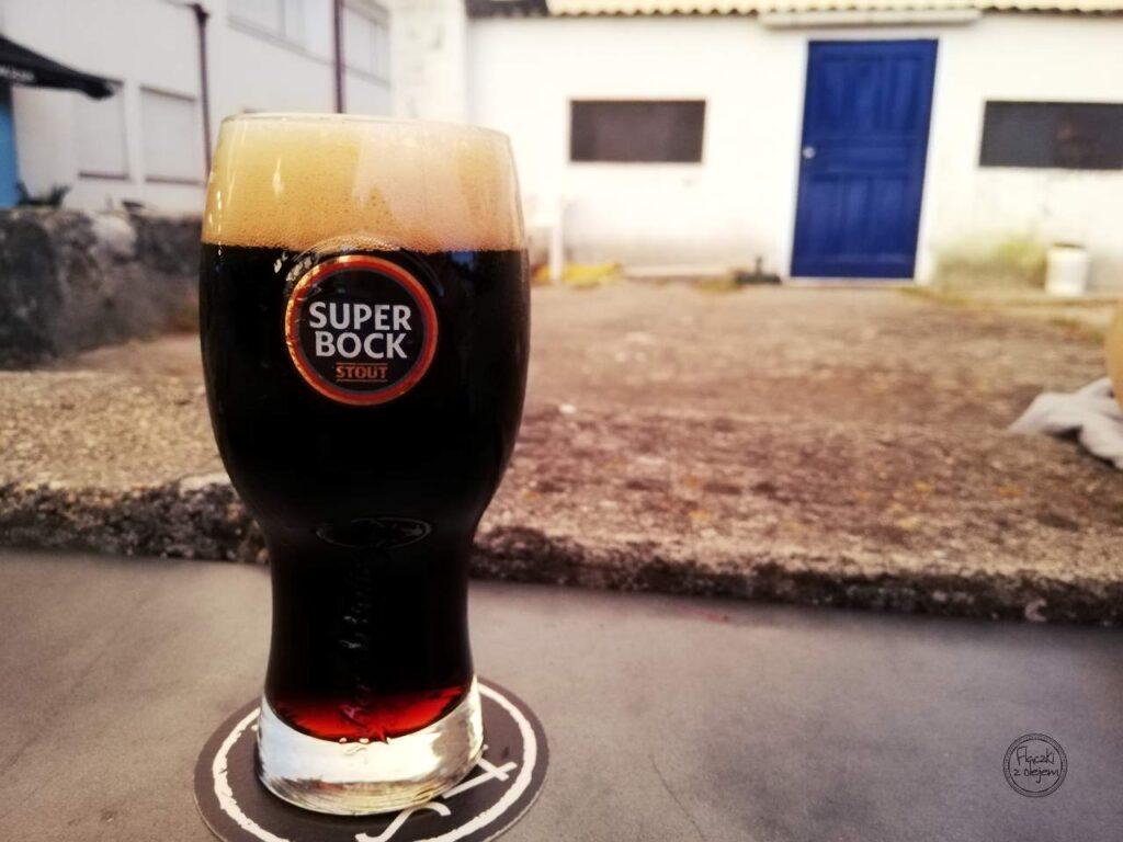Piwo w Portugalii - super bock stout